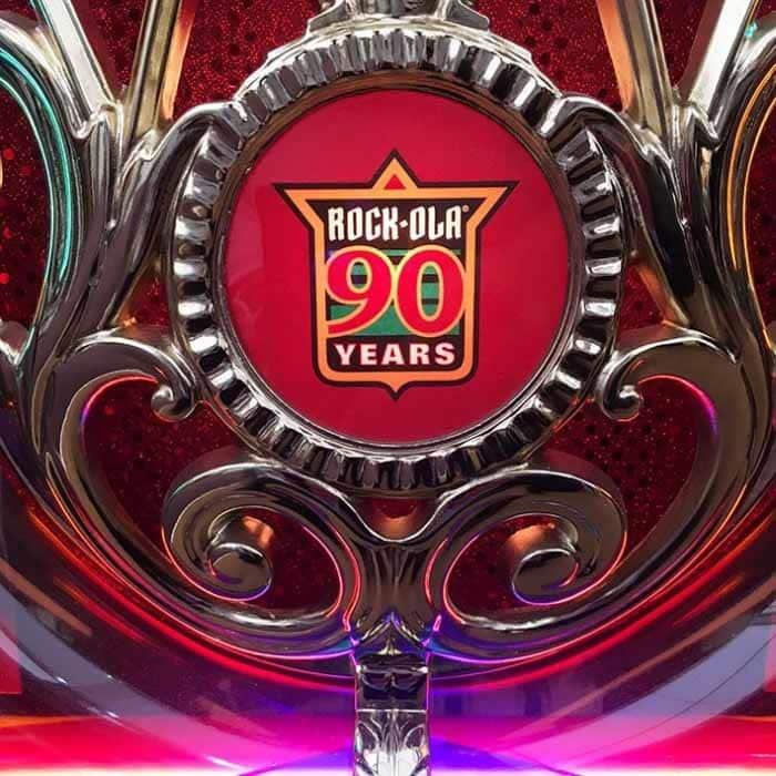 Rock-Ola Limited Edition 90th Anniversary Bubbler CD Jukebox Logo Close Up | moneymachines.com