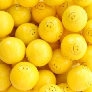 Smiley Face Gumballs - Case Of 1 Inch 850 Count | moneymachines.com