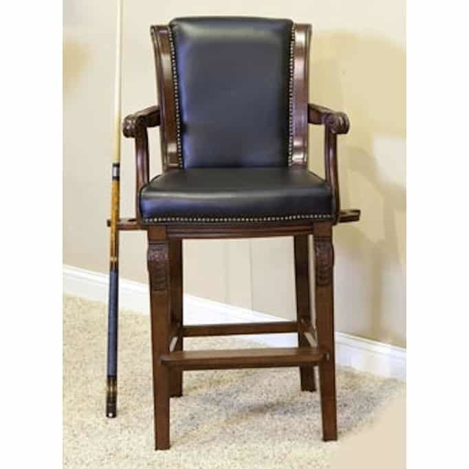 Winslow Spectator Chair With Carved Arms and Legs   FF1001   moneymachines.com